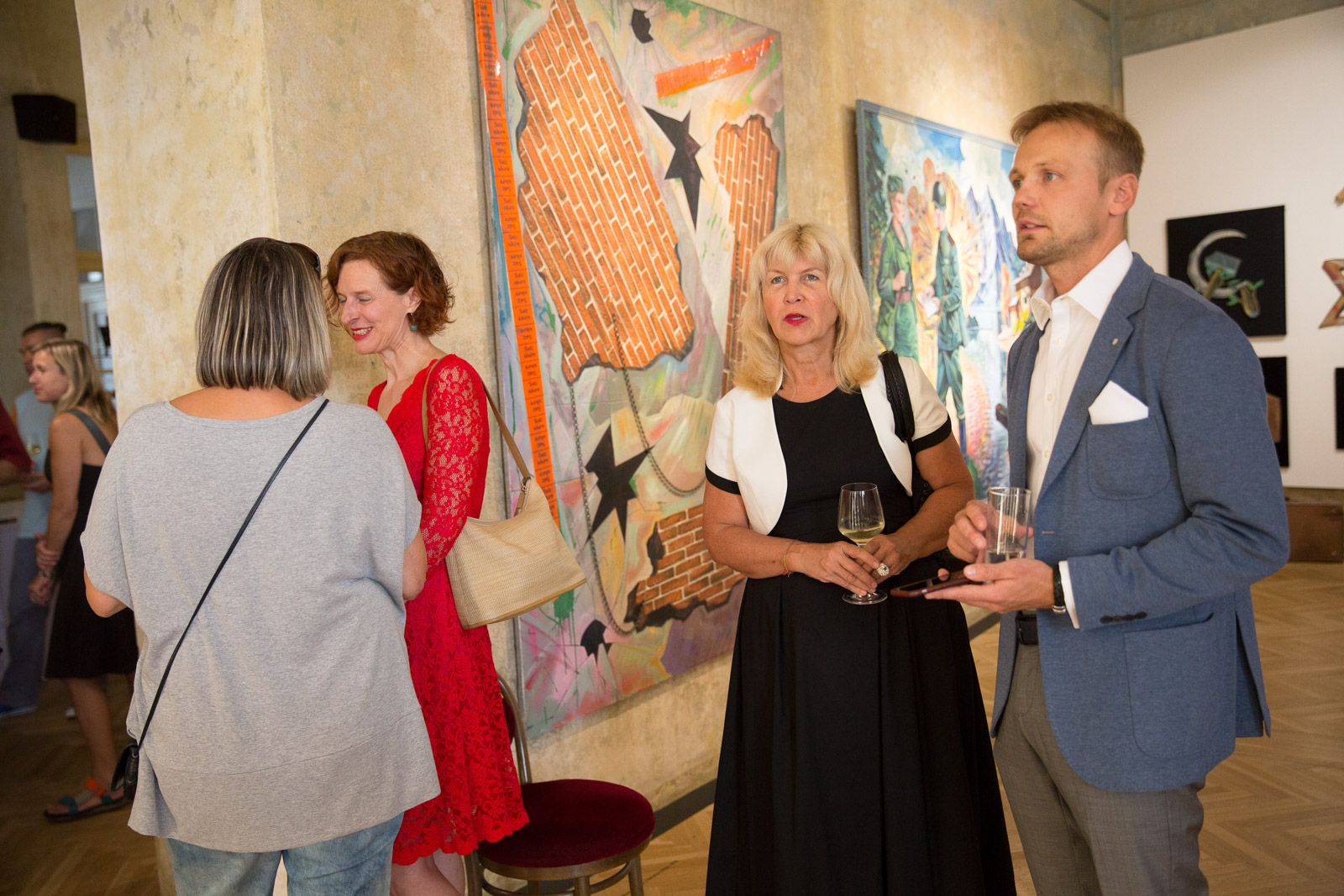 Total Global - Vernissage